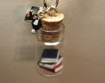 Customizable Tiny Books in a Jar