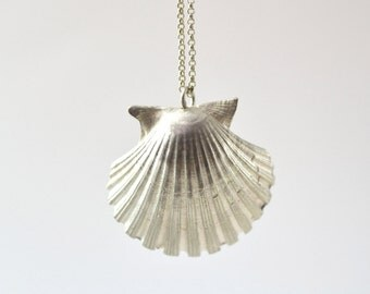 Natural Shell Necklace Pendant Shell Silver, Beach Jewelry Necklace Summer Gift, Handmade by kornelia