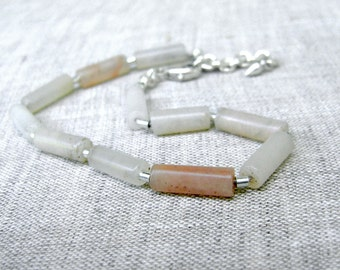 Peach Aventurine Bracelet - Beaded Bracelet - Subtle Autumn Colors - Adjustable Bracelet