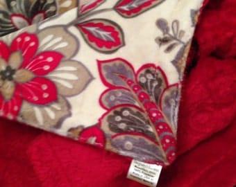 Red Minky Blanket,Floral Minky Blanket,Minky Baby Blanket, Infant bedding,Carseat Blanket, Stroller Blanket Baby Gorl Blanket,  29 x 36 in