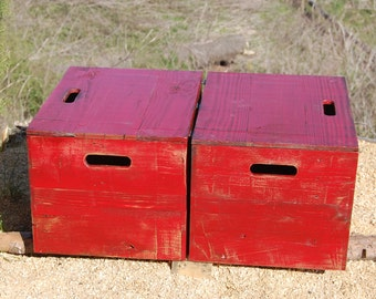 Wooden Crate/ End Table/ Side Table/ Bedside Table/ Red Distresed Paint