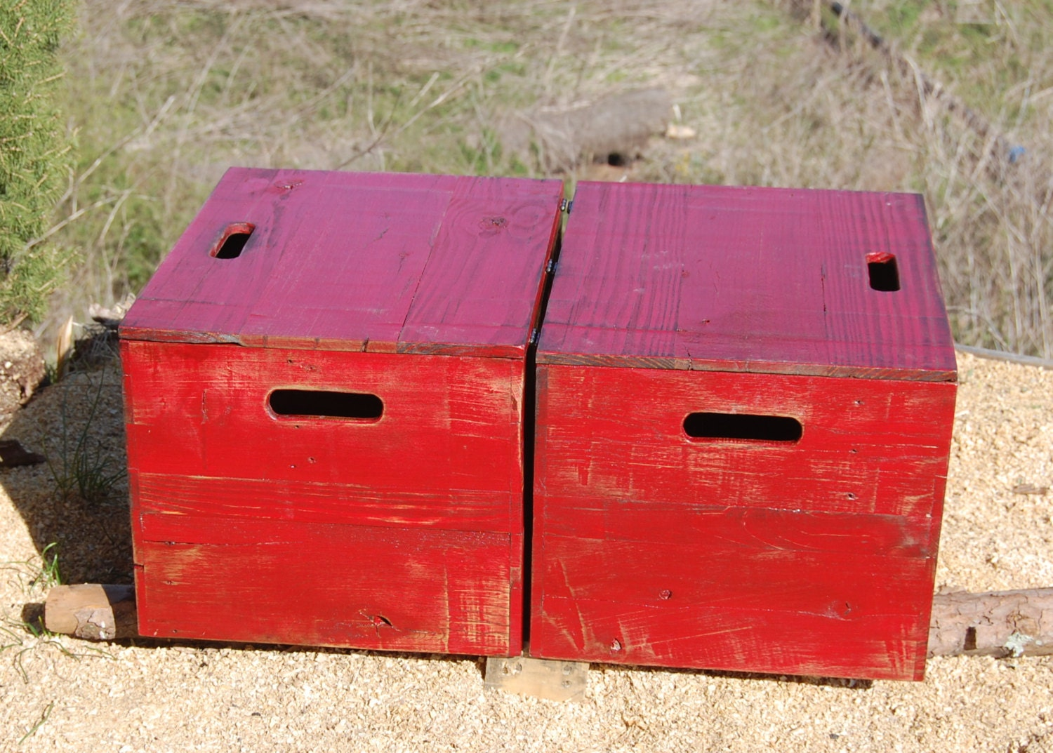 Wooden crate end table side table bedside table red for Wooden crate end table