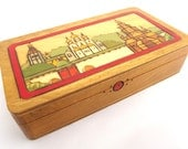 Vintage Eastern European/Russian Folk style painted and varnished pokerwork/pyrography decorative small wooden box