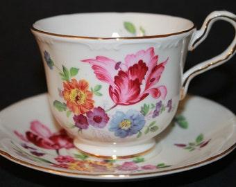 AYNSLEY Bone China Teacup and Saucer Set