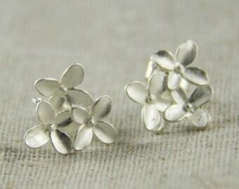6 pcs or 3 pairs of brass bouquet ear post 16mm flower-4537-matte silver