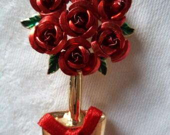 Vintage Unsigned Goldtone/Red Rose Bush Brooch/Pin