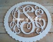 18 inch CIRCLE SCALLOPED BORDER Wooden Monogram Letters