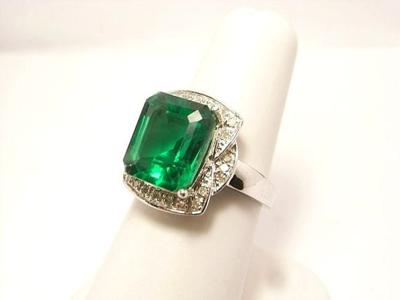 5 10 carat emerald and engagement ring