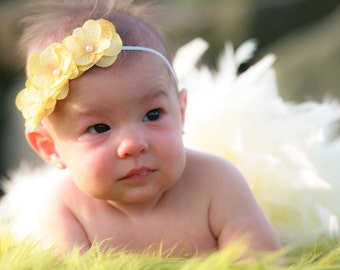 3 Flower Ivory Headband with Pearl Center, Baby Headband, Girl Headband, Photo Prop