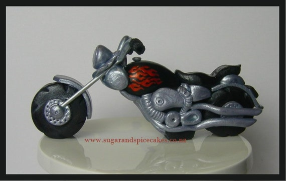 Items similar to motorcycle harley davidson style cake topper tutorial tutorial in pdf cake for Motorbike template for cake