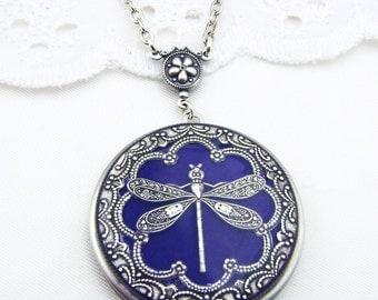 Dragonfly Locket, Dark Amethyst Silver Dragonfy Vintage Replated Locket. Valentine Gift For Her, Resin Locket. Wedding Locket