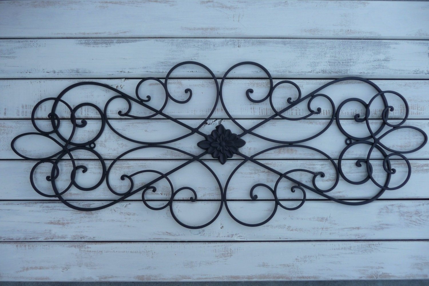 Wrought iron wall decor bedroom bed headboard black wall for Hanging wall decor