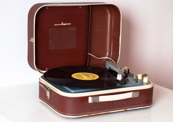 items similar to turntable record player portable record player working youth 3 speed rare. Black Bedroom Furniture Sets. Home Design Ideas