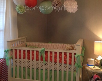 SWEET DREAMS / 6 tissue paper pom poms/6 paper lanterns / wedding drcorations, nursery decor, birthday, baby shower, pom pom