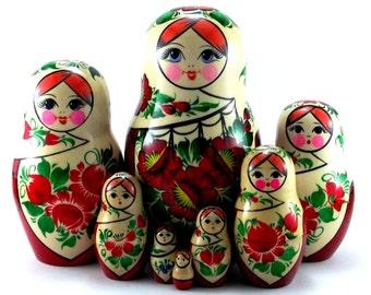 Nesting doll Sudarushka 8 psc Russian matryoshka. The original birthday gift.
