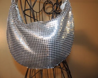 Vintage Aluminum Mesh Chain Mail Hobo Single Strap Shoulder Bag Purse Item # P000095