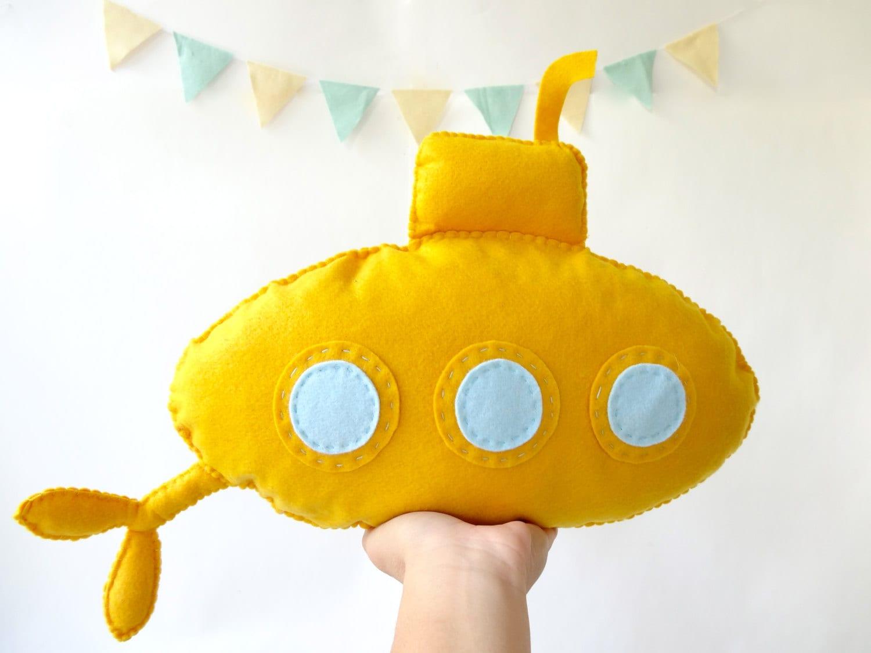 yellow submarine / stuffed toy yellow submarine / submarine