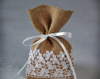 Candy Favor Bag, Wedding Burlap Gift Bag, Bridal Shower - SET OF 25
