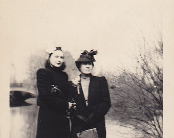 Vintage Black & White Snapshot Photograph: Women Fashion Lake Outdoor 1930's 23A