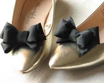 Black shoe clips Black shoe bows Shoe clip Black shoes Gift idea Black shoe accessory Black bridesmaids gift Black bridal Black wedding clip
