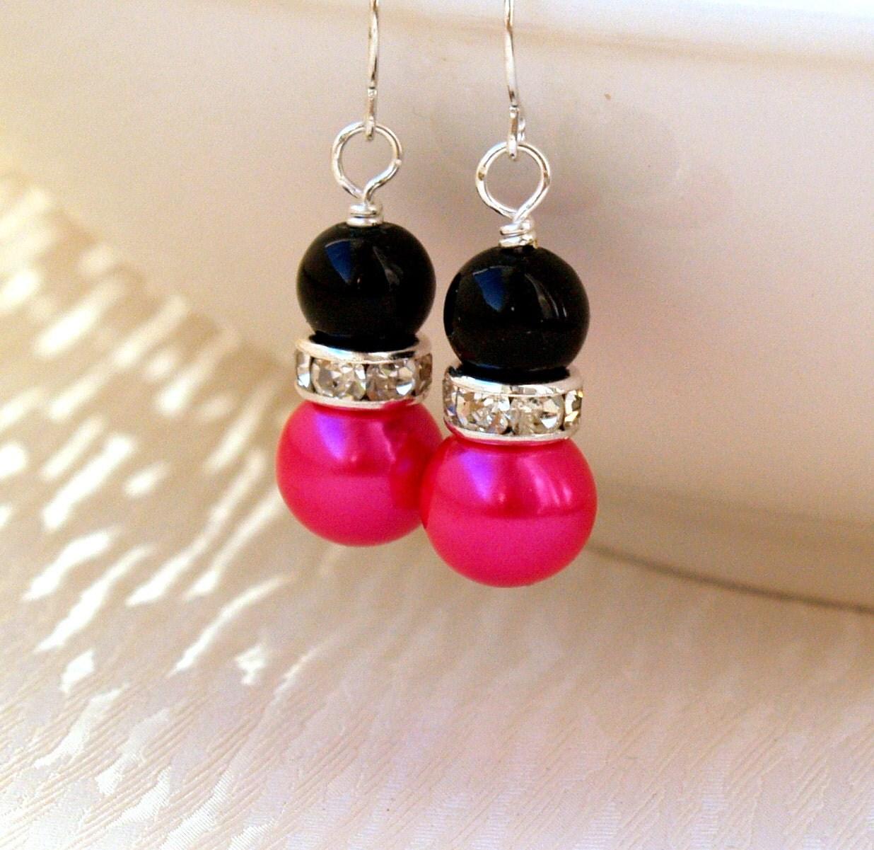 Black hot pink bridesmaid jewelry earrings hot pink black for Red black and green jewelry
