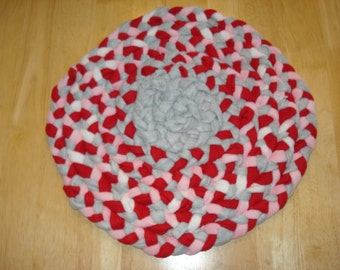 """17"""" Red, Pink, Grey and White Braided Fleece Pet Rug"""
