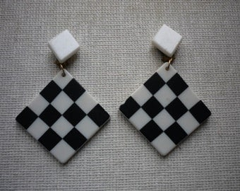 Vintage Lucite Black White Checkerboard Mod Dangling Clip On Earrings