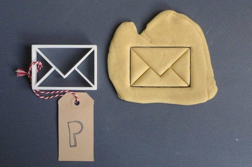Envelope cookie cutter, 3D printed by Printmeneer on Etsy
