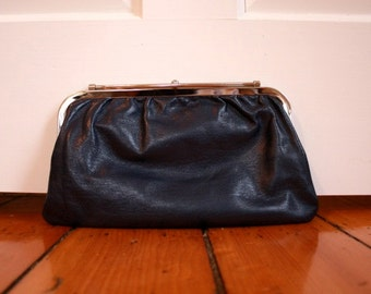 SALE// Vintage Navy and Black Reversible Clutch Purse