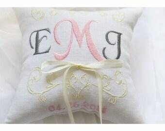 Ring bearer pillow, wedding ring pillow , Linen Monogrammed ring pillow , Custom embroidered ring bearer pillow (R6)