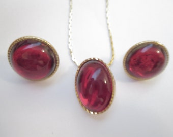 Red  Glass Cabochon Necklace And Clip On Earring Set