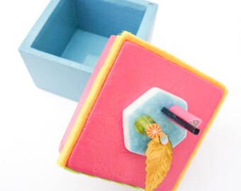 Blue/Pink little wood box