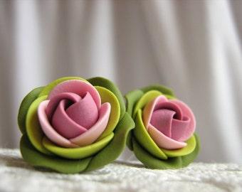 Polymer clay earrings - Lilac light pink green rose flower stud earrings