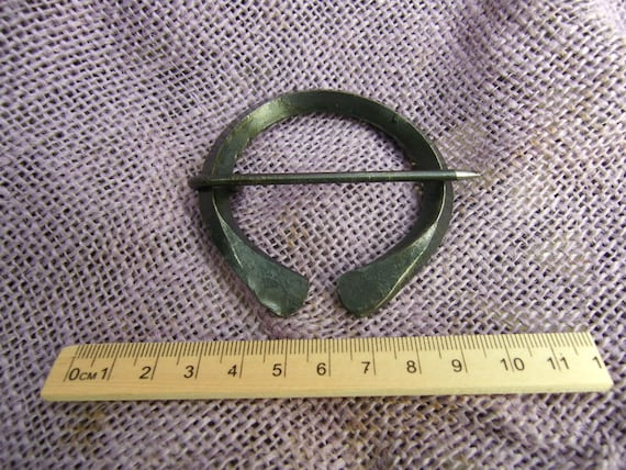 anglo saxon penannular brooch square section forged steel to