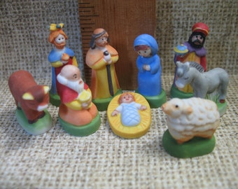 NATIVITY Mary Joseph Wise Men Santons 9 pcs Youth Kid's Creche -  French Feve Feves Porcelain Figurines Doll House Miniatures Mini O21