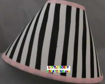 Dr Seuss Cat in the Hat Fabric Lamp Shade (10 Sizes to Choose From)