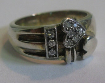 HEARTED zirconia ring in sterling silver (Ag 925). VINTAGE silver treasure