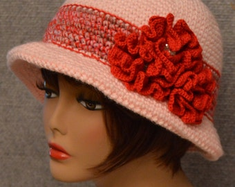 Womans Brim Hat in Pink