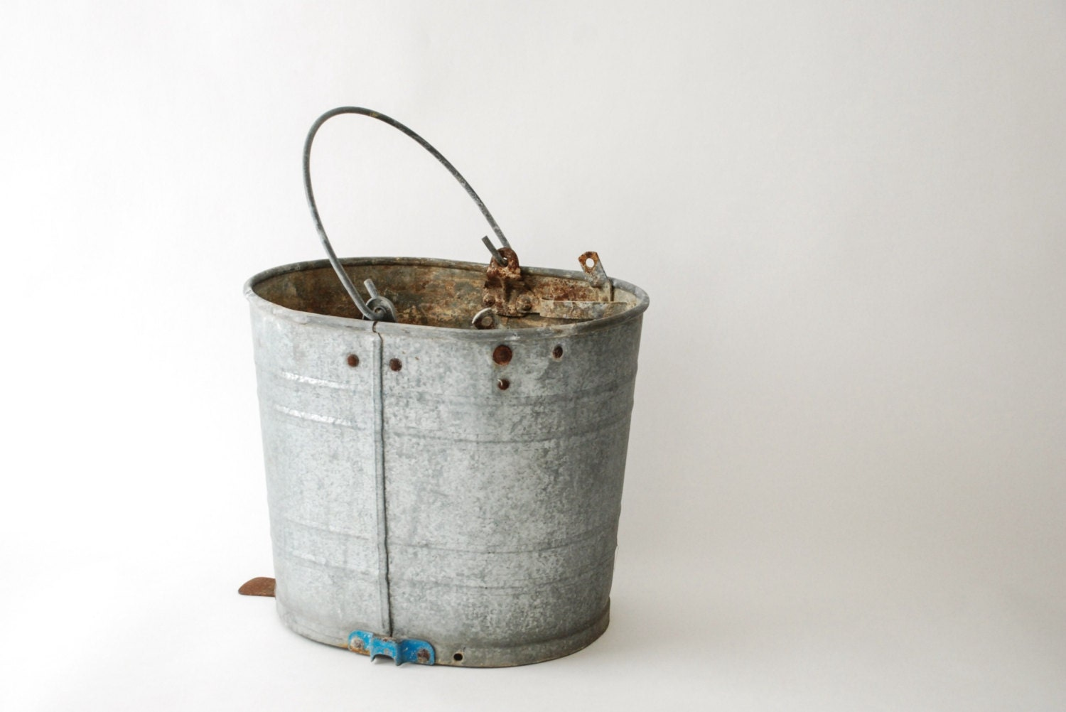Galvanized bucket antique pail antique bucket metal by for Old metal buckets