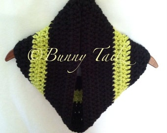 Round Scarf  Cowl Loop Scarf Infinity Scarf Handmade Black and Chartreuse Crochet Infinity Cowl