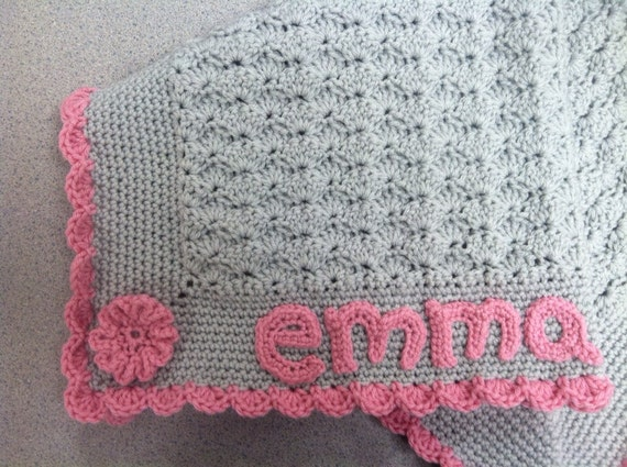 Personalized baby blanket with name and color of your choice