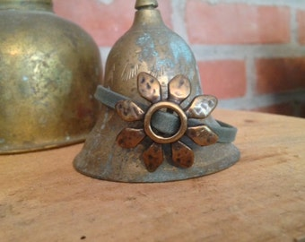Antiqued Bronze Daisy Leather Bracelet - Handmade