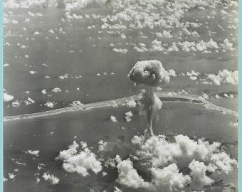Atomic Bomb/ Nuclear Bomb detonation at Sea-Bikini Atoll US Photo Print