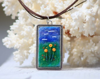 Spring Meadow - Mixed Material Necklace
