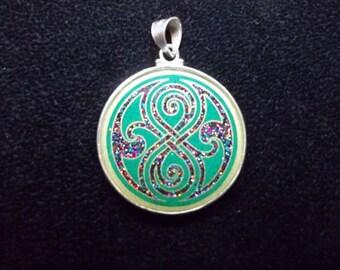 Seal of Rassilon Pendant small