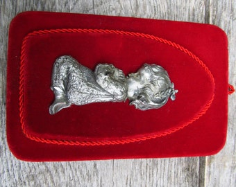 Vintage Pewter Child in Prayer Wall Hanging - Made in Italy Pewter  - Religious Child Praying Wall Plaque