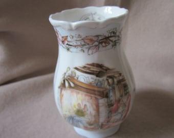 Royal Doulton Brambly Hedge Vase In Winter Design. Jill Barklem Winter Vase.