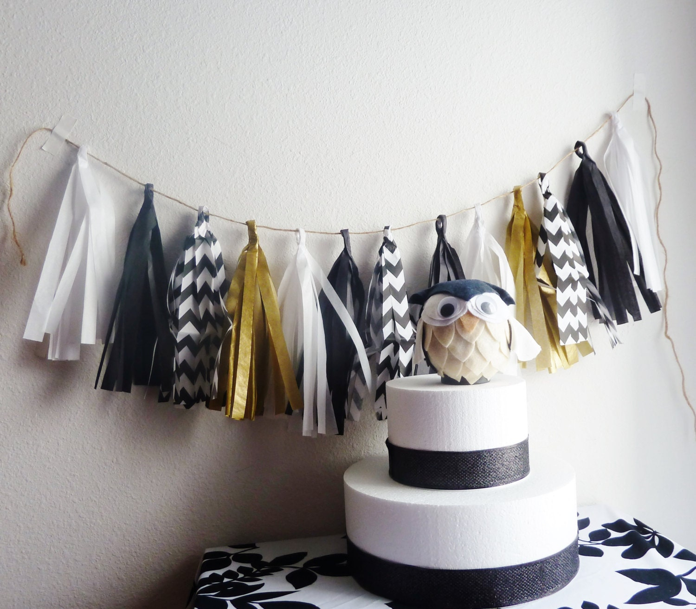 Black white gold wedding tassel garland graduation chevron for Black white and gold bathroom decor