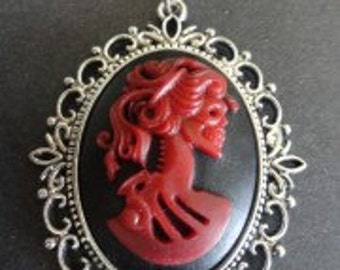 Red Lady Cameo Silver Frame