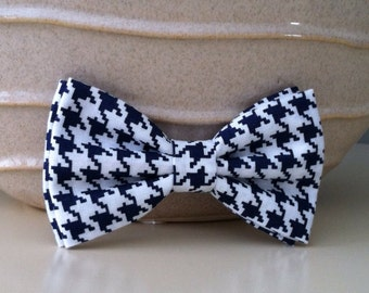 Dog Bow Tie- Navy Houndstooth